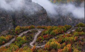 پاییز هزار رنگ جاده ی زیبای چالوس . ابان