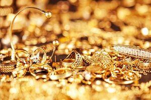 کشف ۱۰ میلیارد تومان طلای قاچاق از یک اتوبوس