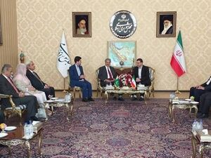 ایران و پاکستان - کراپشده