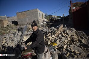 روز دوم مناطق زلزله زده میانه