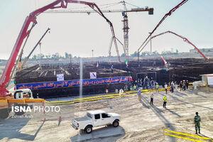 عکس/ عملیات بتن ریزی واحد ۲ نیروگاه بوشهر