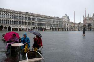 عکس/ بالا آمدن سطح آب در ونیز