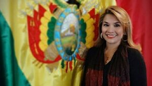 جنینه آنز رئیس جمهور موقت بولیوی