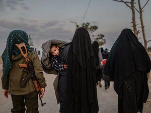 ادعای خروج آمریکا از شمال شرق سوریه؛ لطف به گروه تروریستی داعش و کابوس اتحادیه اروپا