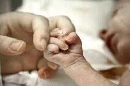 فلج مغزی نوزاد به خاطر قصور پزشکی