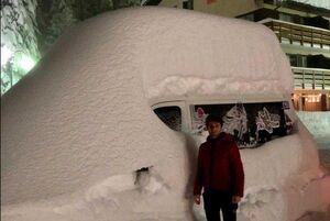 عکس/ بارش ۱.۵ متری برف در ایتالیا
