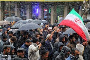 عکس/ راهپیمایی مردم زنجان علیه اغتشاشگران