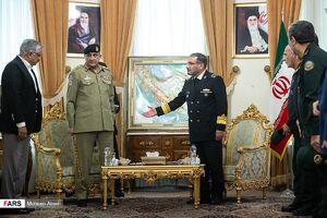 عکس/ دیدار فرمانده ارتش پاکستان با علی شمخانی
