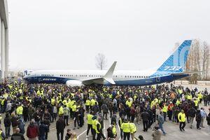 بوئینگ از هواپیمای جدید خود رونمایی کرد
