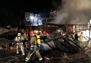 سوختن تابلوفرشها در میان شعلههای آتش +عکس