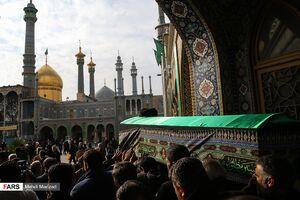 عکس/ تشییع پیکر «آیت الله میرمحمدی» در قم
