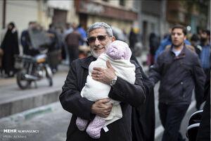 فیلم/ فرمانده سپاه قدس در بین مردم