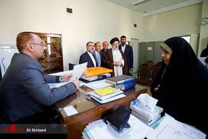 بازدید سرزده رئیسی از دادگستری شهریار