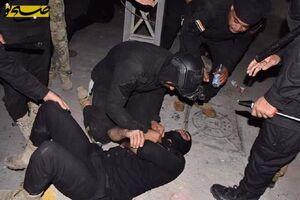 عکس/ مصدومیت نیروهای امنیتی عراق در دفاع از کنسولگری ایران