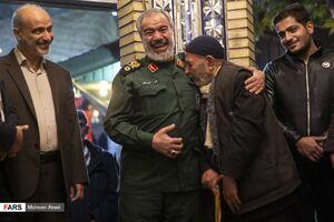 عکس/ سخنرانی سردار فدوی در یادواره شهدای باغ فیض