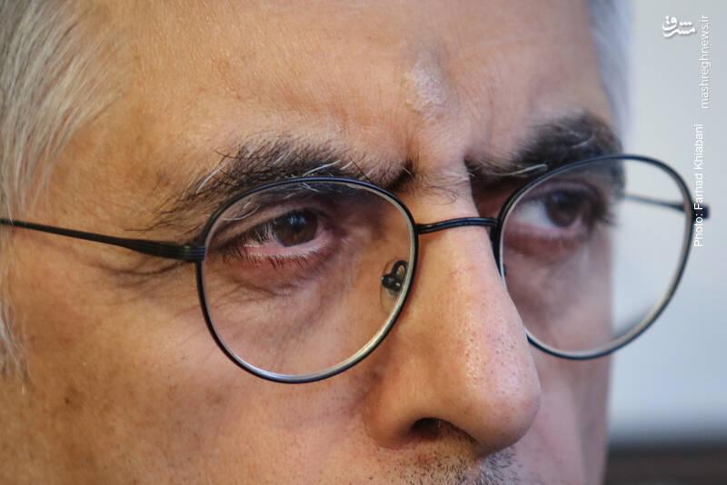 خاتمی از معرفی لیست انتخاباتی به مردم ناراحت است