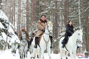 فیلم/ اسب سواری «کیم جونگ اون»