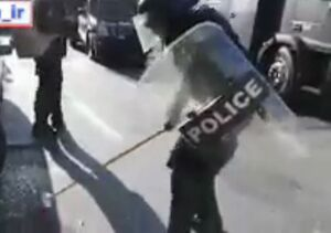 فیلم/ اقدام قابل تحسین پلیس ضد شورش