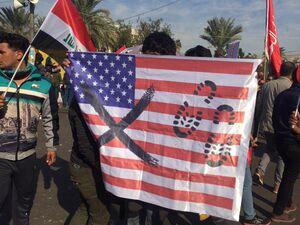 عکس/ تظاهرات گسترده مردم عراق علیه اغتشاشگران