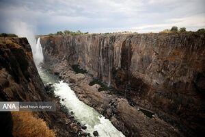عکس/ خشکسالی در آبشار معروف آفریقا