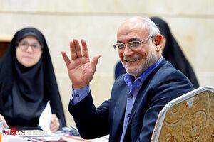 حسین مظفر در انتخابات مجلس ثبت نام کرد