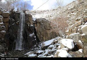 عکس/ طبیعت برفی آبشار گنجنامه همدان