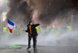 ۶۶ شنبه اعتراضی در فرانسه بدون پاسخ برگزار شد +فیلم