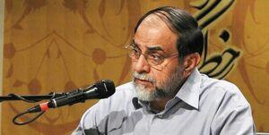 رحیمپور کارمند انقلاب است نه روحانی