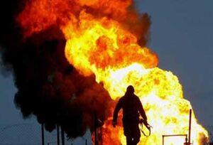 فیلم/ آتش سوزی در کارخانه مواد شیمیایی