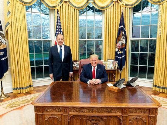 عکس/ لاوروف در اتاق کار ترامپ