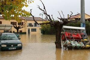 بارش سنگین و سیل، برق ۶۰ هزار منزل مسکونی در فرانسه را قطع کرد