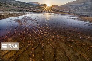 عکس/ دومین چشمه آب شور جهان