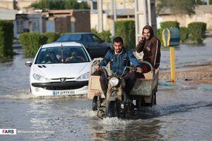 عکس/ آبگرفتگی معابر در پی بارشهای روز گذشته آبادان