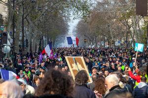 عکس/ تظاهرات میلیونی علیه ماکرون