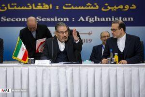 شمخانی: ایران تسلیمپذیر و انزواپذیر نیست