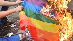 آزادی بیان به سبک غربی! +عکس