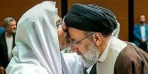 ماجرای شیخ اهلسنتی که پیشانی آیتالله رئیسی را بوسید و وهابیون به او تاختند