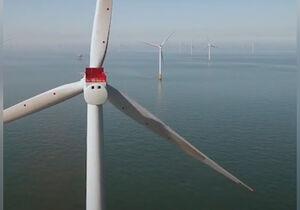 فیلم/ نصب پرههای توربین بادی غولپیکر