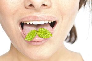 پنج علت بوی بد دهان
