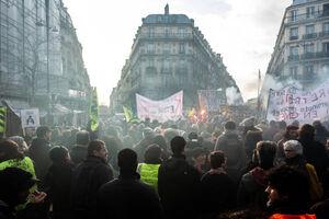عکس/ ادامه اعتصاب سراسری در فرانسه