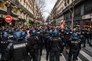 تظاهرات و اعتصاب  فرانسه