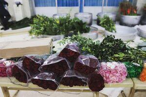 عکس/ گلهای اهدایی به بارگاه مطهر حضرت زینب(س)