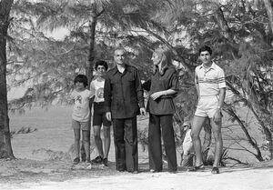 «عملیات عقاب»؛ «سگهای بوگندوی شاه» و «سینۀ ایرانیها را هدف بگیرید!» / اسناد و تصاویر جدید از محمدرضا پهلوی در روزهای آخر