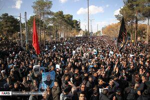 راهپیمایی مردم کرمان در پی شهادت سردار سلیمانی