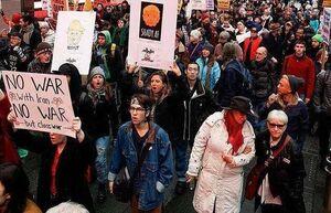 عکس/ شرکت مردم آمریکا در راهپیمایی ضدجنگ