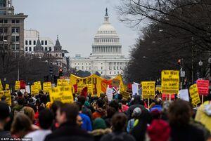 تظاهرات آمریکاییها در محکومیت ترور سپهبد سلیمانی