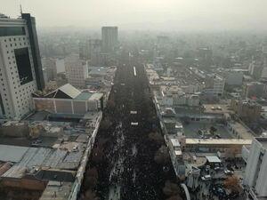 تصویر هوایی از حضور میلیویی مشهدی ها در مراسم تشییع