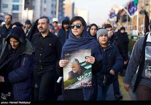 سیل جمعیت دختران پایتخت در مراسم تشییع