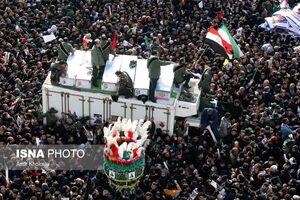 فیلم/ پیام قرار گرفتن پرچم ایران و عراق در تشییع شهدا