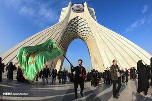 عکس/ حماسه بینظیر ملت از نمای برج آزادی